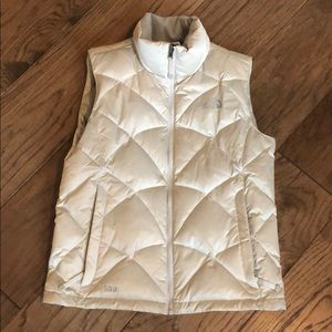 The North Face Women's Med puffer vest
